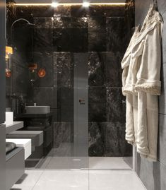 "Apartament 3 camere - Complex ""Nordis"" București - Creativ-Interior Interior, Minimalism, Bathtub, Modern, Design, Granite Counters, Standing Bath, Bathtubs, Trendy Tree"