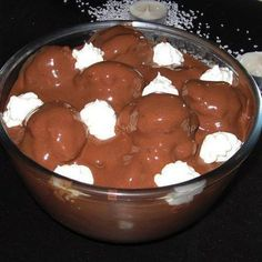 Greek Sweets, Greek Desserts, Party Desserts, Summer Desserts, Greek Recipes, Desert Recipes, Chocolate Fudge Frosting, Chocolate Sweets, Food Network Recipes