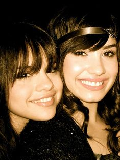 Selena Gomez And Demi Lovato Nude   delena - Demi Lovato & Selena Gomez Fans Photo (30839940) - Fanpop ...