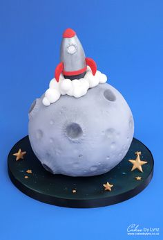 Moon Landing Space Rocket Cake video Tutorial – by Cakes by Lynz