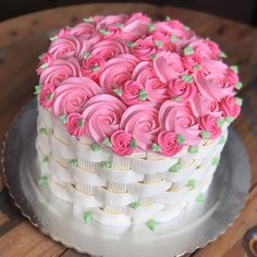 Delicious cake😋 For order DM Contact : 03184129814 Cake Decorating Designs, Cake Decorating Techniques, Cookie Decorating, Pretty Cakes, Beautiful Cakes, Amazing Cakes, Buttercream Cake Designs, Planet Cake, Rosette Cake