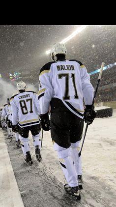 Pens vs Hawks outdoor game winter land! #nhl #hockey