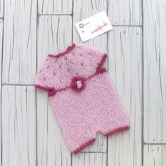 Handmade Newborn Photo Props Baby Onesie di RobertaCreations