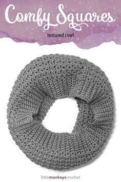 Comfy Squares Textured Cowl Crochet Pattern | Free crochet cowl pattern by Little Monkeys Crochet