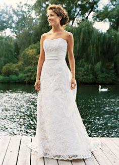 Sweep Train Empire Sweetheart White Lace Belt Wedding Dress