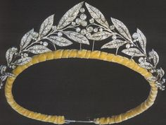 Tiara of Matilde of Belgium - modern laurel wreath tiara given to her on her marriage in 1999.