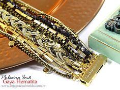 Opte por complementos despojados para quebrar o tom sério do look!! PULSEIRA IMÃ GAYA HEMATITA Na loja virtual: www.lojagracealmeida.com.br #acessoriees #accessories #lookdodia #lifestyle #habdmade #healthylifestyle #hippiechic #fashionstyle #fashionismo #fashionblogger #fashion #bijuteriasemcuritiba #curitiba #customizar #designer #glam #streetstyle #statementjewelry #style #pulseirasemcuritiba #joias #prata #inverno2015 #