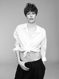 Nadine Ottawa Shoots Madelene de la Motte for SI Style