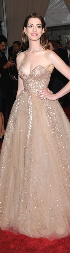 Red Carpet #fashion #dress