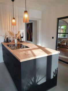 Rustic Country Kitchens, Country Kitchen Designs, Rustic Kitchen Design, Best Kitchen Designs, Home Decor Kitchen, Kitchen Interior, Open Plan Kitchen, New Kitchen, Black Kitchens