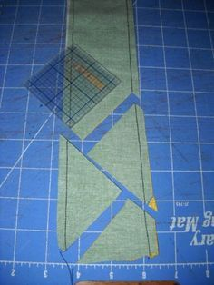 half square triangles made easy - this is awesome!!