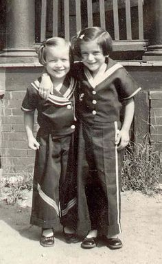 +~+~ Vintage Photograph ~+~+  Sailor Sisters
