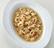cappelletti in broth, La Cucina Italiana