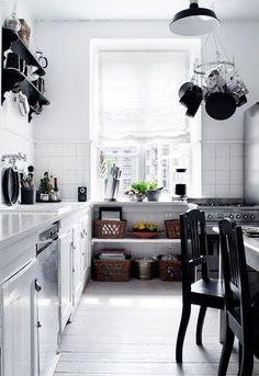 Kitchen/black and white/scandinavian
