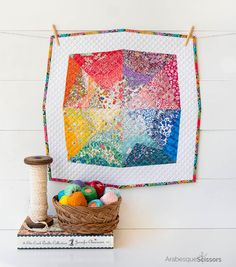 Happy Needle and Thread Thursday, y'all! Sewing a rainbow. Sewing a scrappy rainb. Colorful Quilts, Mug Rugs, Mini Quilts, Table Toppers, Arabesque, Needle And Thread, Paper Piecing, Liberty, Eye Candy