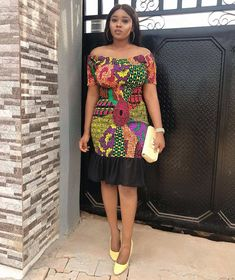 When picking out Sunday church clothing the first important thing to consider is.... African Fashion Ankara, African Inspired Fashion, African Print Dresses, African Dresses For Women, African Print Fashion, African Wear, African Attire, African Prints, Ghanaian Fashion