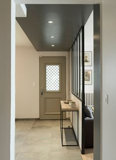 Un souffle de nouveauté, rénovation maison Miribel - Bookshelf Room Divider, Architecture Renovation, Small Kitchen Storage, Wood Interiors, House Entrance, Living Room With Fireplace, Home Staging, Sweet Home, New Homes