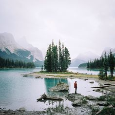 Spirit Island on Maligne Lake, Jasper National Park, Canada