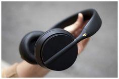 Products we like / Headphones / Black / Minimal / at MY EYES OPEN