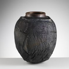 Patricia Shone, Erosion Jar 4, saggar fired stoneware, Image by Shannon Tofts