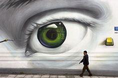 Street Art by iNO • Photo Vide