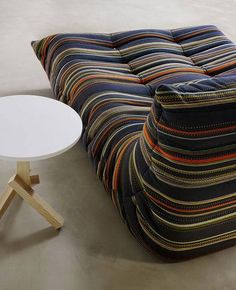 Michel ducaroy for ligne roset f t lj med puff model for Ligne roset canape