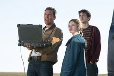Still of Matthew McConaughey, Timothée Chalamet and Mackenzie Foy in Interstellar (2014)