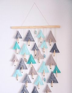 Tinker advent calendar yourself - 18 great ideas and instructions .- Tinker advent calendar yourself – 18 great ideas and instructions - Easy Christmas Crafts, Christmas Sewing, Diy Christmas Tree, Simple Christmas, Christmas Holidays, Christmas Decorations, Felt Christmas, Christmas Wreaths, Christmas Ornaments