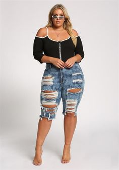 Shop Plus Size Clothing New Arrivals including Plus Size Dresses, Plus Size Tops, Plus Size Bottoms, Plus Size Intimates, Cute Shoes and Many More. Top Clothing Brands, Plus Size Clothing Stores, Plus Size Womens Clothing, Chubby Fashion, Curvy Women Fashion, Plus Size Fashion, Curvy Outfits, Sexy Outfits, Plus Size Outfits
