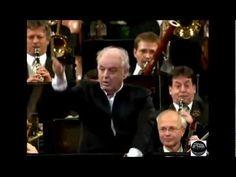 "waiting for 2014 vid - Johann Strauss Sr. ""Radetzky March"" performed by Vienna Philharmoniker, Daniel Barenboim."