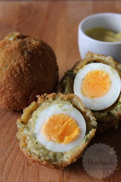 Groningse eierballen Tapas, Happy Kitchen, Dutch Kitchen, Good Food, Yummy Food, Dutch Recipes, Party Snacks, High Tea, Food Inspiration