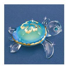 Small Aloha Sea Turtle Glass Figurine w/ Swarovski Elements from Sparkle & Jade. Saved to Epic Wishlist. Glass Baron, Glass Figurines, Turtle Figurines, Hawaiian Tattoo, Turtle Love, Shattered Glass, Glass Animals, Glass Ornaments, Swarovski Crystals