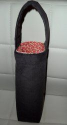 Wine Tote Pattern. Free wine sack sewing projects aren't easy to find but with this wine tote pattern, you can create a lovely tote that's perfect for carrying wine. Whether you're headed to a party o (Bottle Bag Sewing Projects)