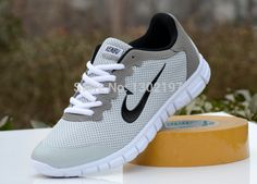 Most Popular Mens Tennis Shoes - Since the winter is approaching, divisions and the clothes stores have started putting up Men S Shoes, Running Shoes For Men, Sneakers Fashion, Shoes Sneakers, Most Popular Shoes, Beach Sandals, Cheap Shoes, Summer Shoes, Nike Free
