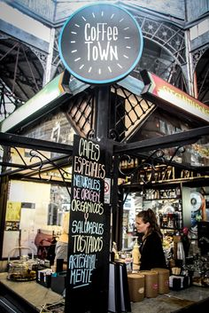 Coffee Town in the Mercado de San Telmo.