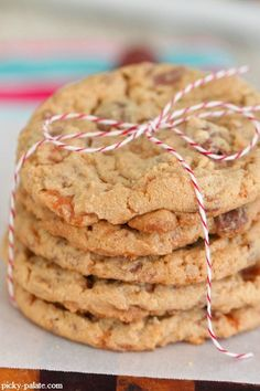 Butterfinger Peanut Butter Chocolate Chunk Cookies - Picky Palate