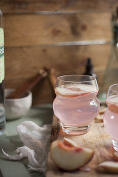 Peach & Raspberry Gin Fizz - gin - peach simple syrup - club soda - raspberries - white peaches