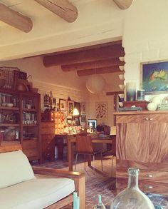 The dining room is my temporary studio  El comedor es mi estudio por ahora
