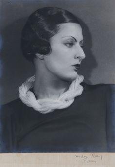 Man Ray Portrait de Liliane Roditi de profil, ca. 1930