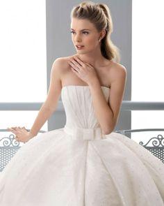 145 FIRMEZA / Wedding Dresses / 2013 Collection / Alma Novia (close up)