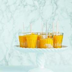 Etwas Süßes geht doch immer und erst recht, wenn es sich um erfrischende Abkühlungen handelt und auch noch so blitzschnell zubereitet ist.