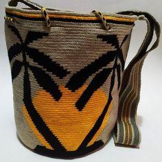 Tapestry Crochet, Crochet Lace, Mochila Crochet, Bargello, C2c, Just In Case, Hand Embroidery, Bucket Bag, Crochet Patterns