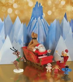 Rudolph the Red-Nosed Reindeer The Island of Misfit Toys Scenic Display by Forever Fun, http://www.amazon.ca/dp/B007P13WWA/ref=cm_sw_r_pi_dp_n.kWqb0EKPMN7