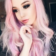 Pink hair and makeup Inspo via ! I would love to have pink hair for a day! Who knows of a good baby pink wig! Would you rock pink hair? Cotton Candy Hair, Pastel Pink Hair, Pastel Goth, Pastel Wig, Girl With Pink Hair, Lilac Hair, Green Hair, Girl Hair, Blue Hair