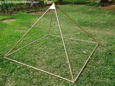 This Copper Meditation Pyramid Lite Duty 6 Feet Base is the best and cheapest in the world with it you will get 5 copper corner connectors with