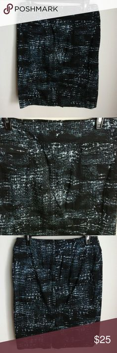 Grace black and blue pencil skirt. Grace black and blue pencil skirt. Size 10. It has two fake pockets in front. In the back it has a zipper at the top and a slit at the bottom. Made of 97% cotton and 3% spandex. NWOT. Grace Skirts Pencil