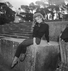 Brigitte Bardot (b.