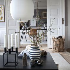 Omaggio Vase Gray Medium - Ditte Reckweg and Jelena Schou - Kähler - RoyalDesign.com
