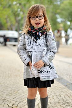 vogue and coffee Fashion Kids, Little Girl Fashion, Women's Fashion, Toddler Fashion, Autumn Fashion, Vogue, Little Fashionista, Stylish Kids, Fashionable Kids