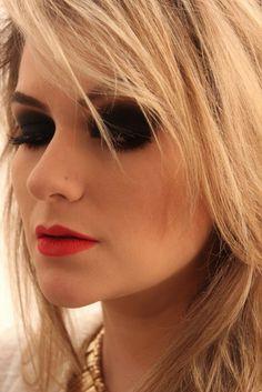 Alice Salazar!!! Arrasando como sempre em suas maquiagens.